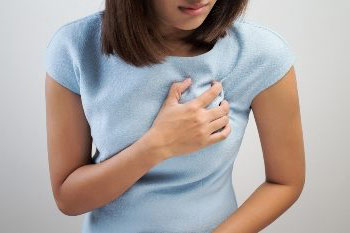 Причины и возможные болезни при которых чешется грудная железа